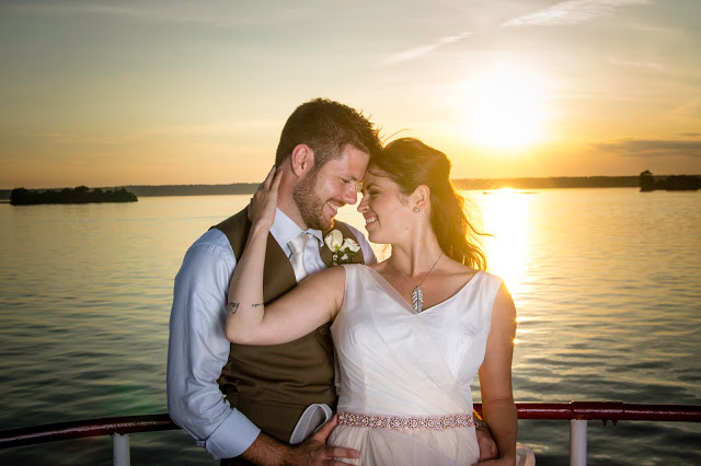 Fotos by Mendi Wedding packages - couple sunset
