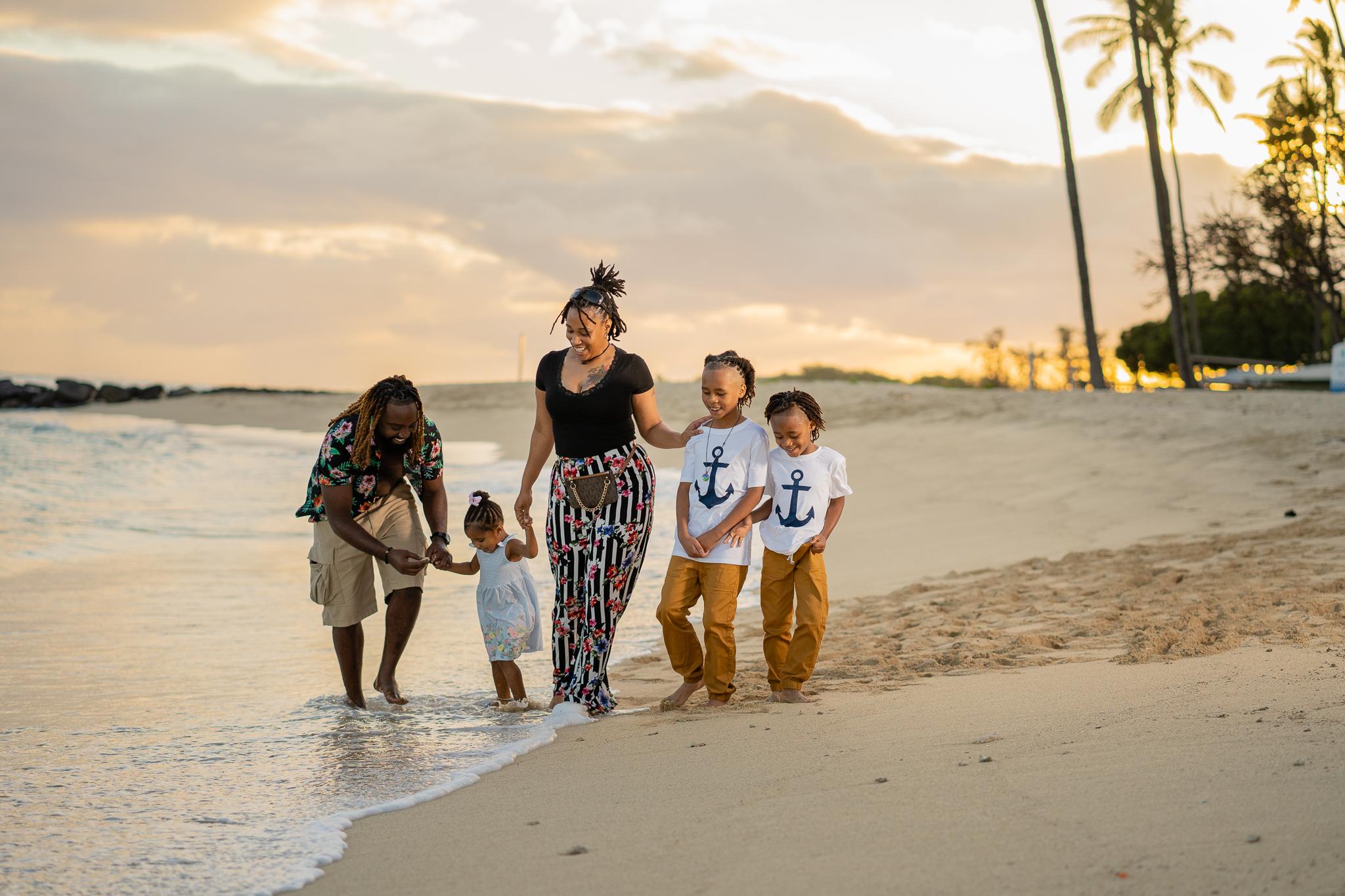 Hawaii Beach - Family Beach Sunset Shoot